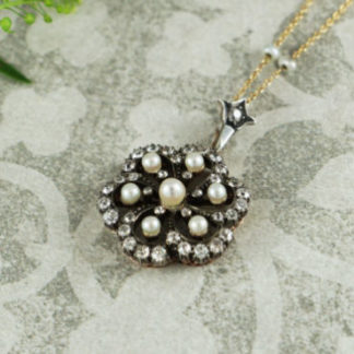 Antique Pendants & Necklaces